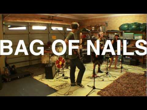 Rag N' Bone - Bag Of Nails (Live at the Garage)