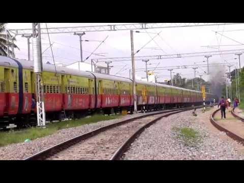 ALCO Twins of KJM with colorful Rajya Rani Exp | Action @ Kengeri