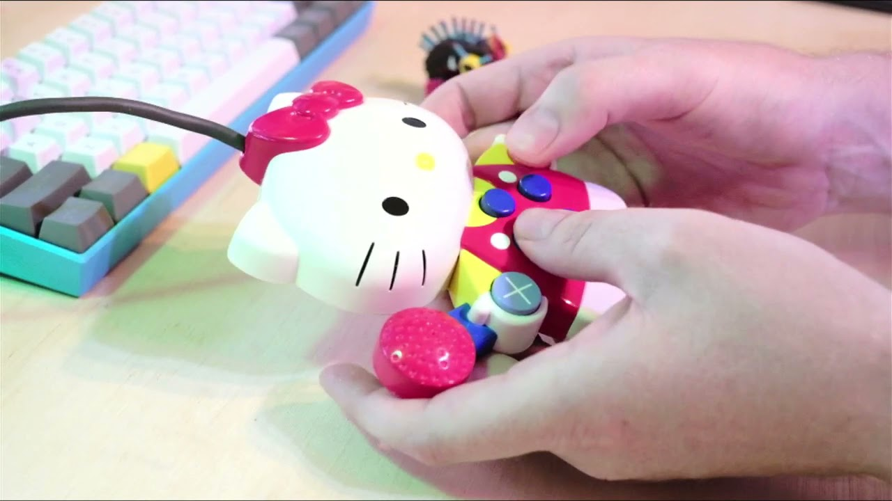 hello kitty PlayStation controller max for live