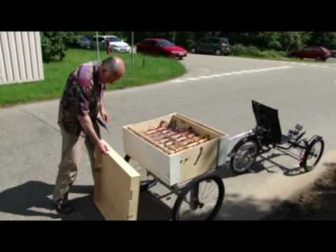 Supercap Trike with quickcharging station.mp4