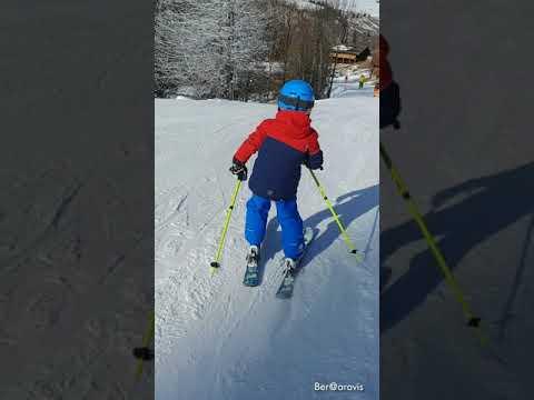Soren 5 ans sur les pistes du Grand-Bornand