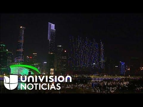 Impresionante coreografía de más de 1,000 drones ilumina el cielo de China
