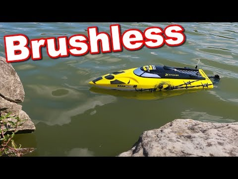 Amazing Brushless FAST RC Boat - Atomik Barbwire 2 - TheRcSaylors