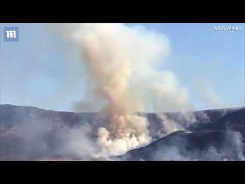 Dramatic footage of a huge moorland fire at Dovestone reservoir   Daily Mail Online