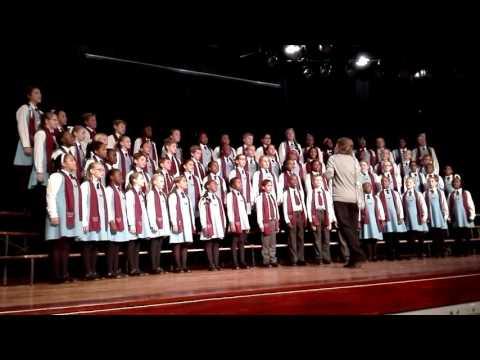 Die mense op die bus~ Tableview primary school,senior choir