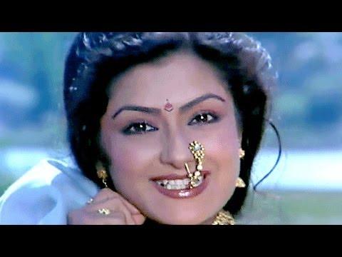 Sapney Mein - Moushumi Chatterjee, Mahananda Song