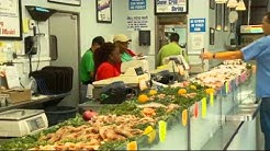 Fresh seafood the star at Pensacola seafood markets, restaurants