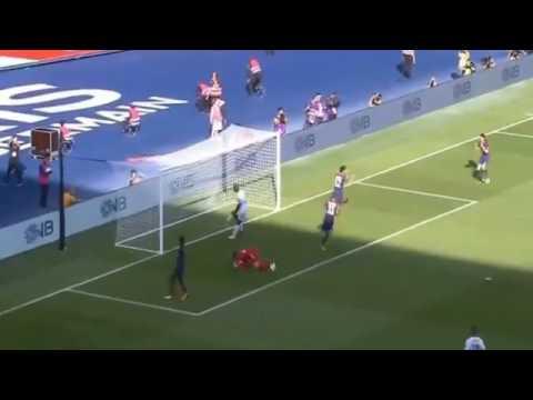 Paris - Amiens 2-0 but de Pastore