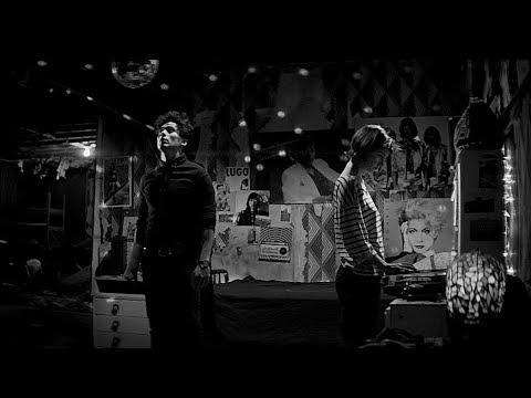 CHVRCHES - Bela Lugosi's Dead
