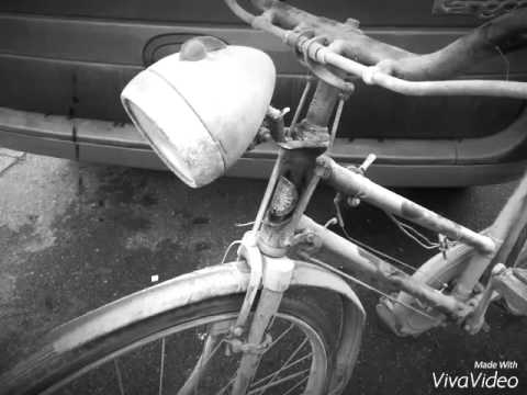 Hercules bicycle barn find.Antique British bicycle