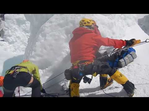 how sherpa rescue others, putting their own life in danger.