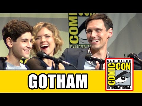 Gotham Comic Con 2015 Panel  Season 2, Ben McKenzie, Camren Bicondova, Erin Richards, Sean Pertwee