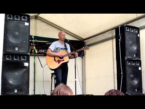 Ian Bourne - Alone again naturally