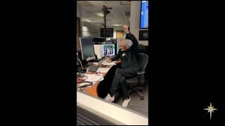 Brian May Giving Ultima Thule pre-pass briefing 31/12/2018 (portrait)