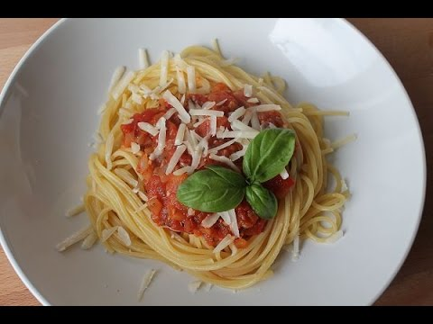 spaghetti mit tomatenso e rezept spaghetti napoli recipe eng subs youtube. Black Bedroom Furniture Sets. Home Design Ideas