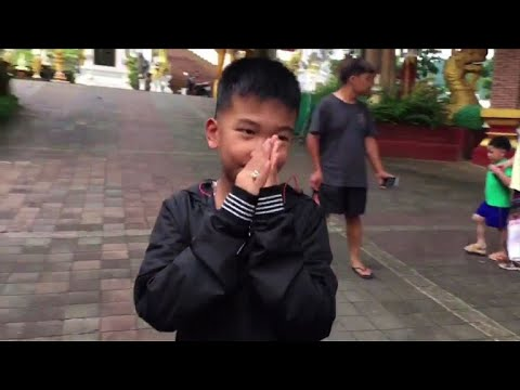 Thai cave boys attend Buddhist prayers for dead diver