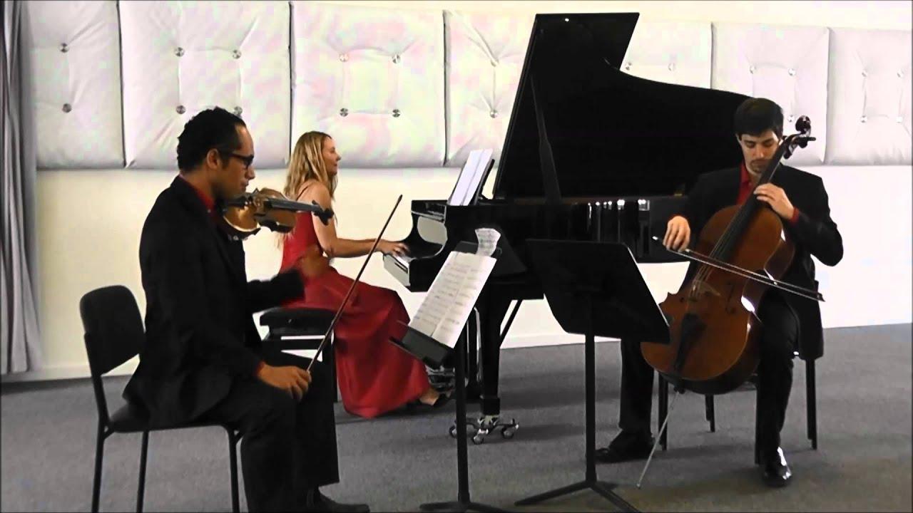 Astor Piazzolla: Estaciones Porteñas - Invierno Piano Trio