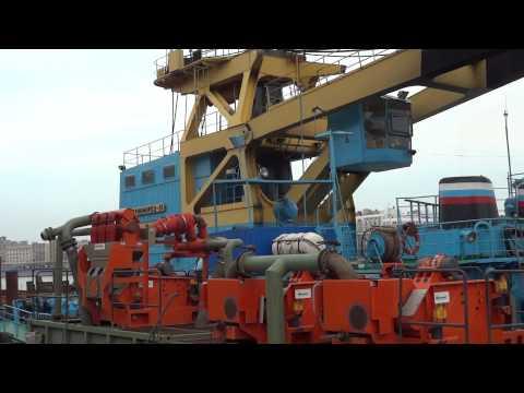 100 ton floating crane