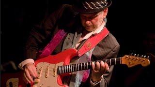 Ronnie Earl - Slow Blues Guitar Genius - a sampling
