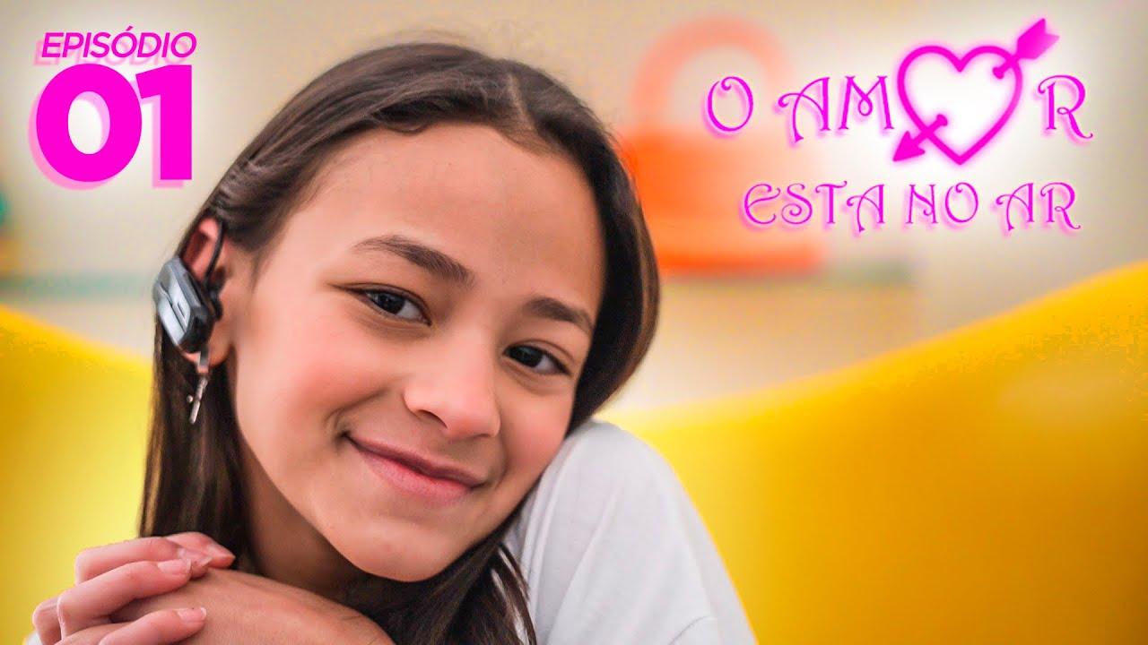 Download O AMOR ESTÁ NO AR -  BEM VINDO AO CONDOMÍNIO (EPISÓDIO 1 ) - WEB SÉRIE