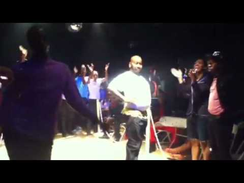"Icon Tony Revlon vs Gillette Revlon ""Nemo Mizrahi Bday Ball 2011"""