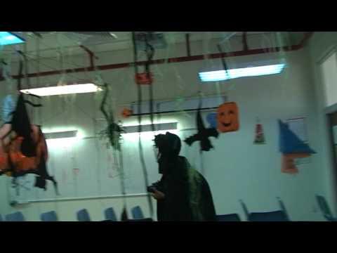 LSTS Halloween 2009 Trang tri phong 7A2
