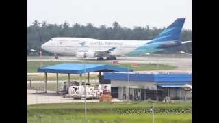Video Garuda Indonesia PK GSG Takeoff from Kualanamu International Airport (KNO/WIMM/Medan) download MP3, 3GP, MP4, WEBM, AVI, FLV Juli 2018