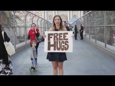 Olivia Lane's #SunshineMovement - Free Hugs
