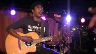 Ambondrona- aleo aloha (acoustic live)