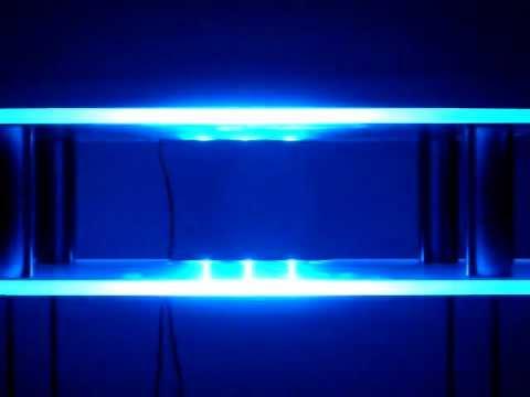 Led glaskantenbeleuchtung led smd blau 2 x 8mm mov youtube for Youtube blau