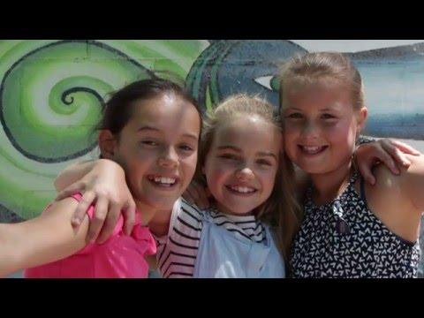 Makauri Year 6 Leavers Video 2015