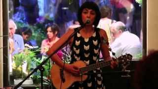Marjan Farsad - Khooneye Ma (Live & Acoustic)