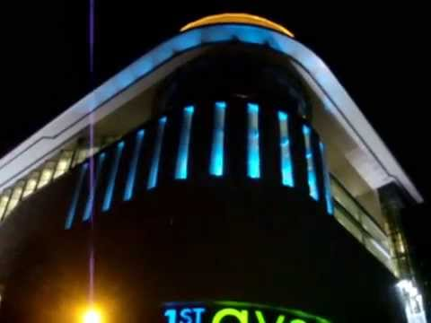 LED Colour Changing at 1st Avenue, Penang
