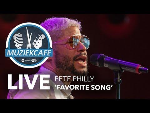Pete Philly - 'Favorite Song' live bij Muziekcafé