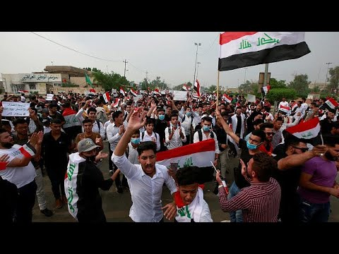 hqdefault - شاهد: طلبة العراق يتحدون تهديدات وإجراءات الحكومة الصارمة ويحتلون الشوارع …