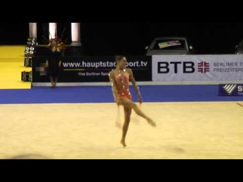 Berlin Masters 2013: Nataly Mendelson with clubs