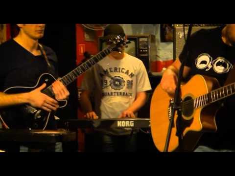 """Рок группа """"МК - 60"""" - выступление в Harat's pub (начало)"""