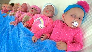 Ten in the Bed | Nursery Rhymes & Kids Songs