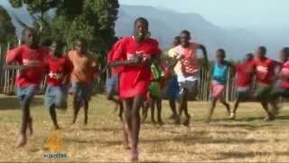 Baixar Kenyans seek financial freedom in running