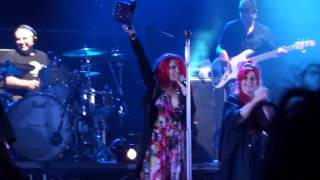 Noemi - Altrove & Band Intro (live in Tortona 8-07-2011)