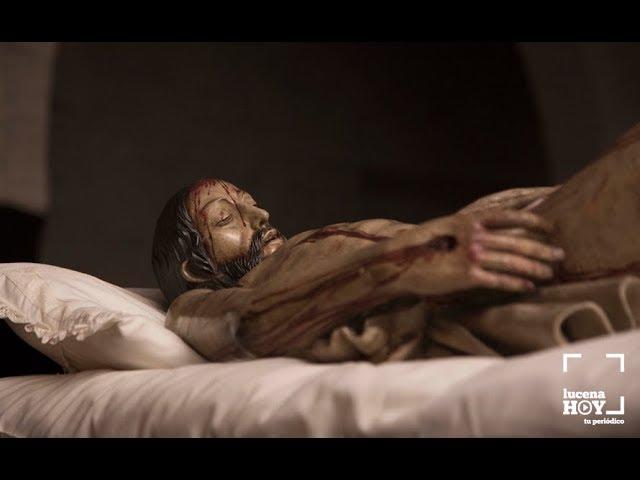 VÍDEO: Breve reportaje sobre el Vía Crucis del Cristo Yacente de la Cofradía de la Soledad