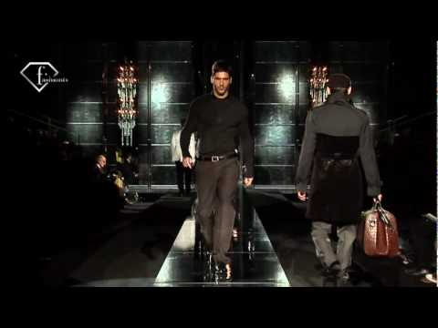 fashiontv | FTV.com - MILAN MAN F/W 2009-10- DOLCE & GABBANA