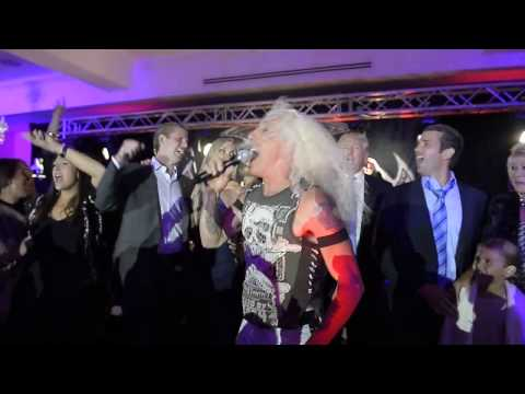 """Dee Snider and Trump Family sing """"We're Not Gonna Take It Anymore"""""""