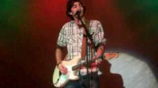 """Eddie Robinson - singing """"all my friends say"""" by Luke Bryan"""