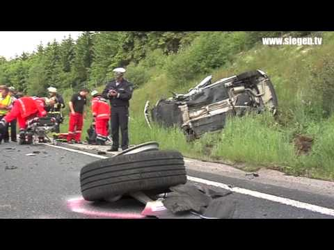 Burbach: Schwerer Unfall Durch Handy Verursacht (B54, Burbach/NRW)