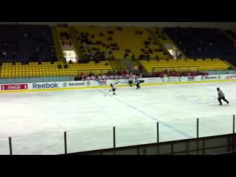 Hunter Shinkaruk Penalty Shot / U18 Ivan Hlinka 2011