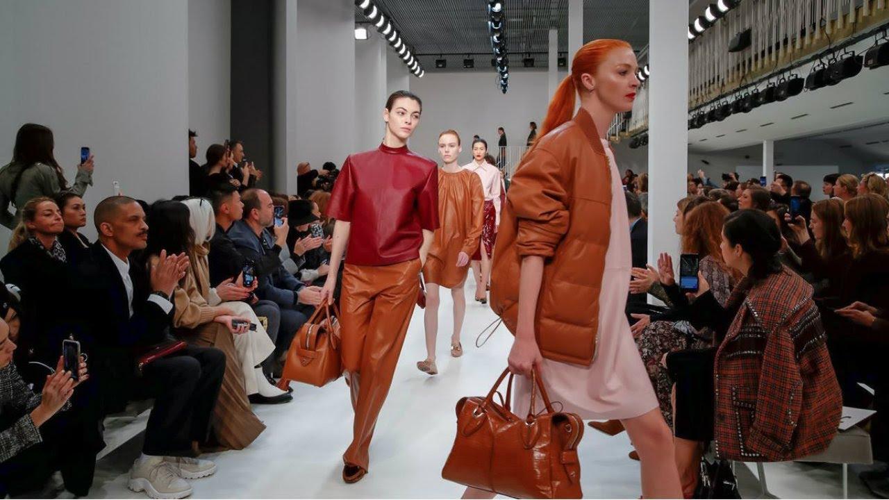 bff4739693 Tod's   Fall/Winter 2019/20  Milan Fashion Week  https://youtu.be/m-3w-uarTjE Find Us On Like us on Facebook:  https://ift.tt/2KKroyt Follow us on Instagram: ...