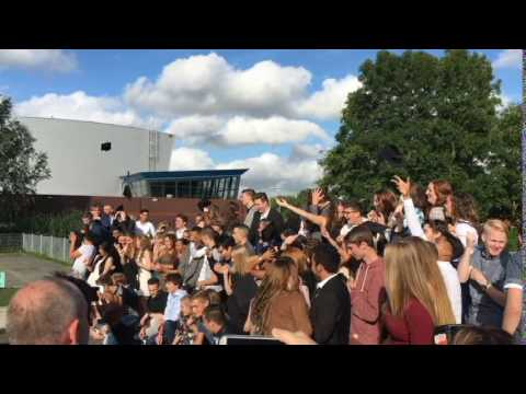Diploma-uitreiking havo 2016: de hoedjes!