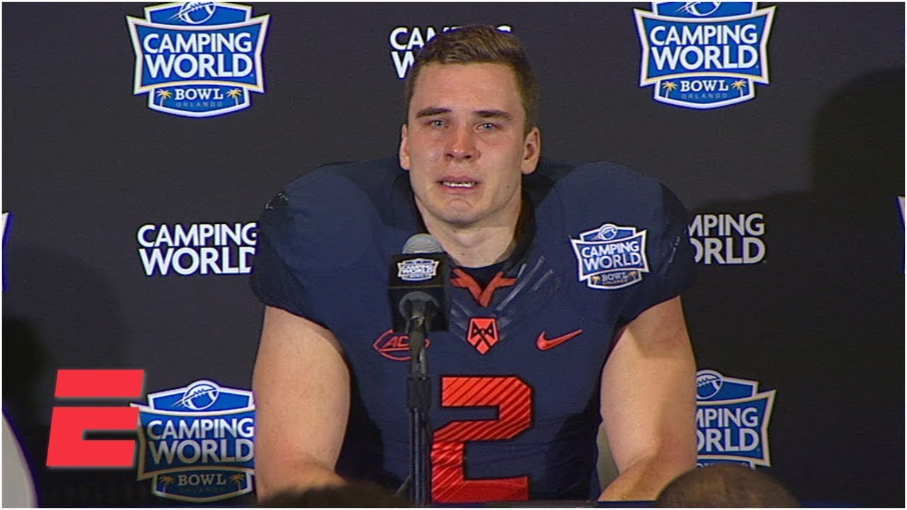 more photos e75b7 6c5c7 Syracuse's Eric Dungey gets emotional after final game | College Football  Sound