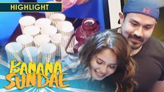 Banana Sundae: Luis visits Jessy on her set